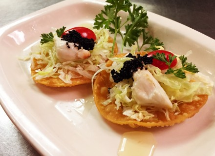 Crab lump meat on top of lettuce and crispy wonton skin, then sprinkled with Tobiko caviar and our light vinegar dressing. Was paired up with a 2013 Barone Fini, Pinot Grigio.